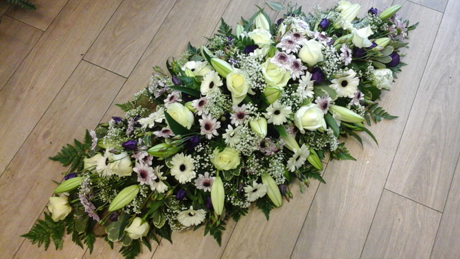 Image result for How to Select Beautiful Funeral Wreaths?