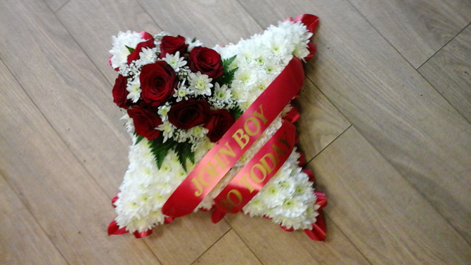 Funeral cushion sash white red florist north Bristol FCU2