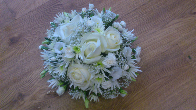 Funeral flowers white posy posies florist Bristol FPO4
